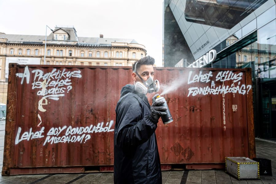 Armadillo - gerilla marketing a Nyugati téren